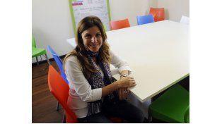 Analía Colombo en la sede de la Defensoría de Niños