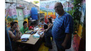 Carlos Núñez el presidente de la biblioteca de Virasoro 39 bis afirma que el proyecto es un espacio de intercambio de saberes.