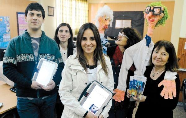 Al frente la profesora Laura Suárez