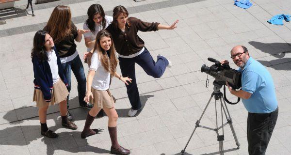 Luz, cámara, acción: el mundo del cine visto por alumnos adolescentes