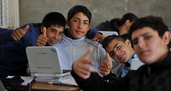 Poco a poco las netbooks ganan las aulas santafesinas