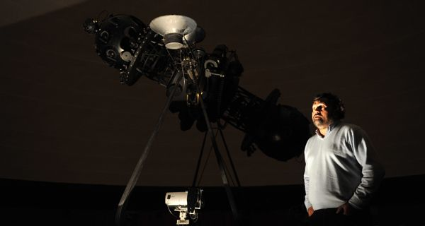 El Planetario se renueva con una propuesta que une ciencia y arte