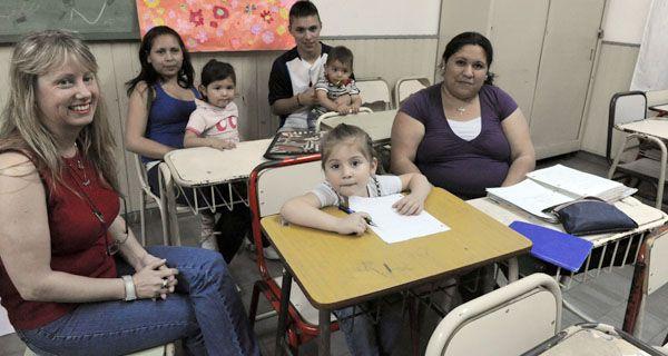 Piden una guardería maternal para estudiar en igualdad de oportunidades