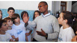 Una campaña busca ayuda para la educación en Haití