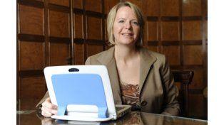 Susan Kenney: La escritura mejora con las nuevas tecnologías