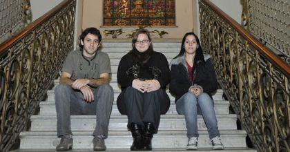 Jóvenes becados para estudiar carreras prioritarias en el país