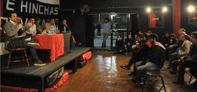 La reunión estuvo organizada por la agrupación Socios e Hinchas Autoconvocados.