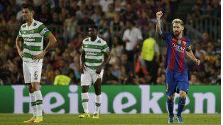 Puño bien alto. Messi sigue rompiendo marcas. Ayer ante Celtic volvió con todo.