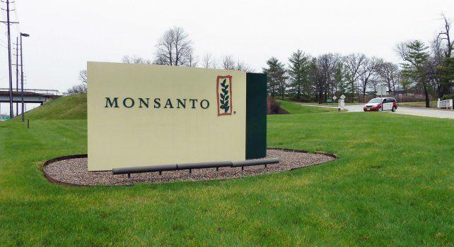Bayer y Monsanto firmaron un acuerdo de fusión vinculante que permitirá a la alemana hacerse con la estadounidense a un precio de u$s 128 dólares por acción.