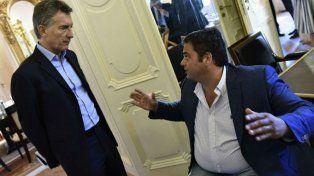 El presidente Mauricio Macri junto al ministro de Trabajo