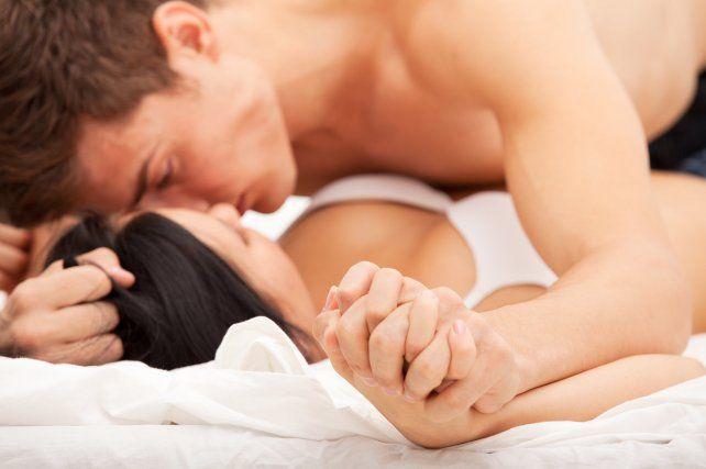 Tener sexo en forma esporádica implica un gran riesgo cardíaco.