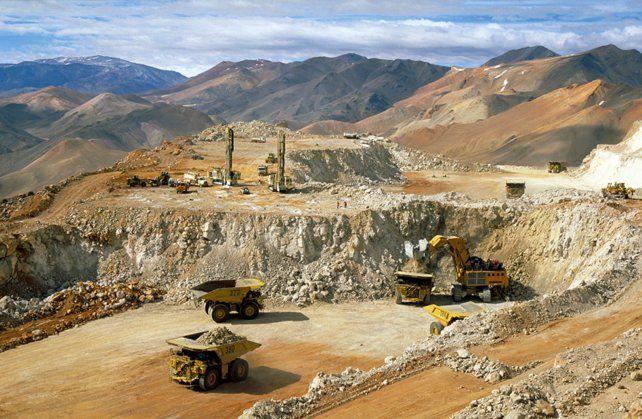 La actividad minera fue paralizada hasta que se garantice que no existe daño ambiental.
