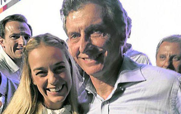 Juntos. La venezolana Lilian Tintori con Macri el domingo 22 de noviembre.