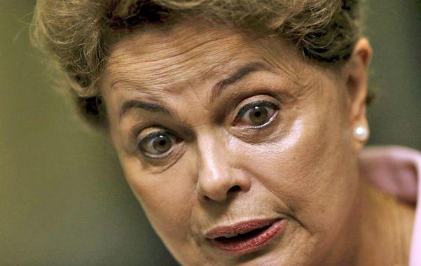 En problemas. Dilma Rousseff y el PT encaran una crisis sin precedentes.