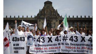 Protesta. Familiares de los estudiantes desaparecidos se movilizaron