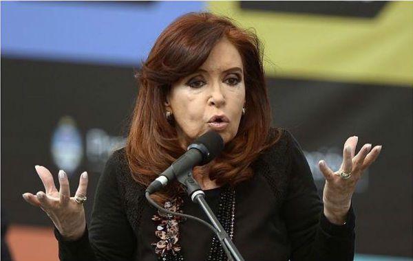 """El diario """"The New York Times"""" se ocupó del caso argentino en su sección de economía."""