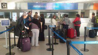 Se complican los vuelos por un paro sorpresivo desde anoche hasta hoy a las 14.