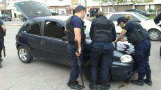 El conductor del Chevrolet Celta tenía pedido de captura y el vehículo no tenía la documentación necesaria para circular.