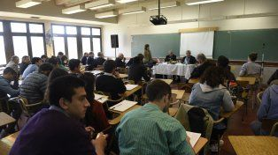 El encuentro convocó a estudiantes y docentes en seminarios y muestras.
