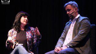 Stand up. Natalia Carulias y Juan Barraza se presentan mañana en Rosario.