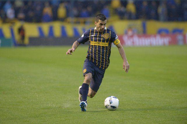 Paulo Ferrari vuelve al equipo titular por la sanción a Víctor Salazar. (Foto de archivo)