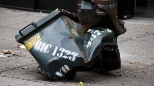 efecto. Así quedó el contenedor de elementos de construcción donde pusieron la bomba en Nueva York.