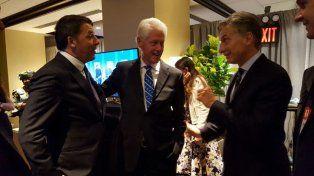 Macri se reunió con el expresidente Bill Clinton y el primer ministro de Italia