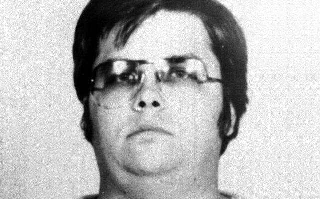 El asesino de John Lennon reveló por qué decidió matarlo: Quería ser famoso