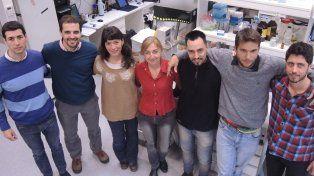 La directora Silvia Arranz junto a integrantes de su equipo.