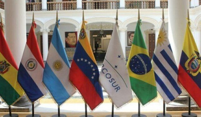 El Mercosur rechazó el uso de la fuerza para restaurar la democracia en Venezuela.