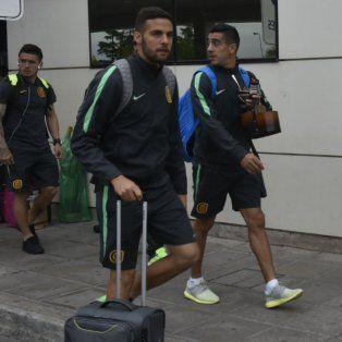 Esteban Burgos, llega a la concentración del hotel en Salta, ubicada a dos cuadras de su casa paterna.