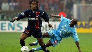 Las pruebas de que Ronaldinho vivía de fiesta cuando jugaba en Paris Saint Germain