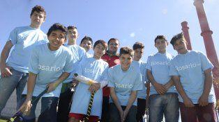 Estos chicos gracias al deporte comunitario y al esfuerzo de sus familias lograron conocer otras realidades