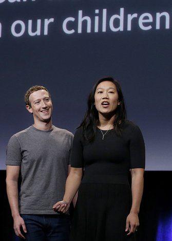 Zuckerberg y su esposa Priscilla Chan.