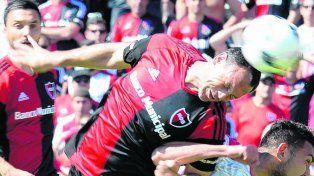 Difícil. Mauro Matos sufre una tendinitis en el tendón de Aquiles y no jugaría.