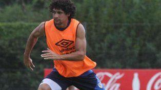Un jugador de Vélez fue escrachado en chats calientes con una rubia voluptuosa