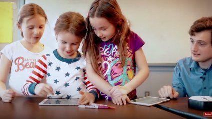 Con este robot los niños aprenden a programar antes que a escribir