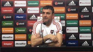 Osella dijo que se tomará hasta mañana para definir el equipo que recibirá al Decano tucumano.