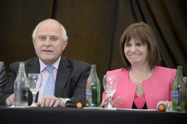 El gobernador Lifschitz y la ministra Bullrich durante la rueda de prensa de este mediodía.
