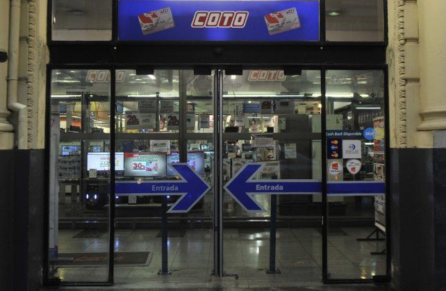 Coto despidió a más de veinte empleados en Rosario