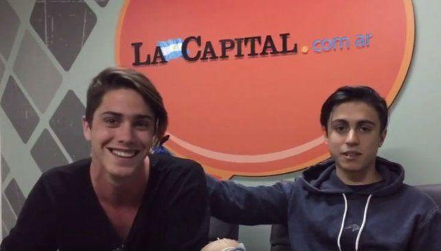 Los youtubers Gonzalo Goette y Fran Stoessel desembarcaron en Rosario para presentar 4U