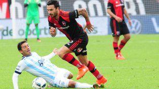 Nacho Scocco marcó dos goles y fue una de las figuras de la lepra