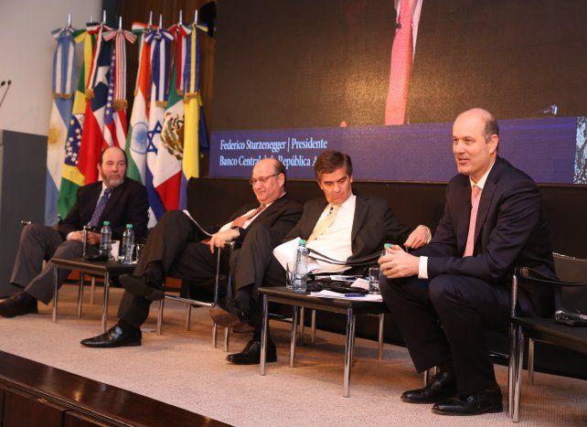 Estrictos. Los banqueros centrales de Chile
