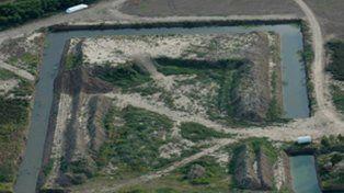 Desde 2008, la holandesa Bema Agri levanta terraplenes y canaliza en sus 8 mil hectáreas.