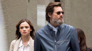Carrey junto a Cathriona, quien en 2015 se suicidó. La demanda apunta al actor como principal responsable.