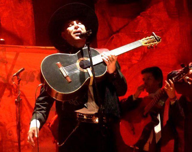 para su gente. El Chaqueño se brindó a pleno en su recital en Rosario.
