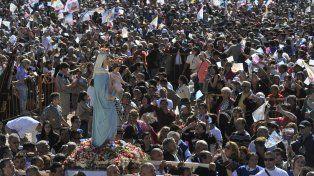 Los fieles se hicieron presente en San Nicolás.