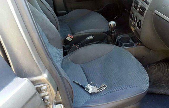 Tragedia. Los ladrones se descartaron del arma y de la camioneta.