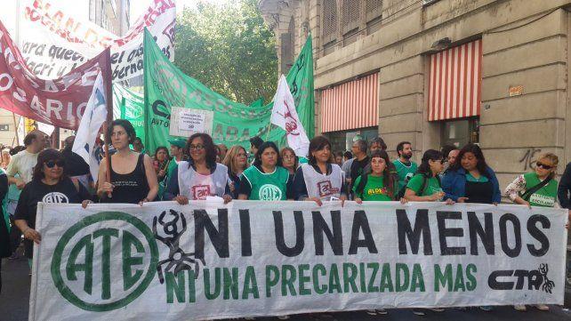 ATE Rosario marchó por el centro rosarino para pedir que se reabra la negociación paritaria.