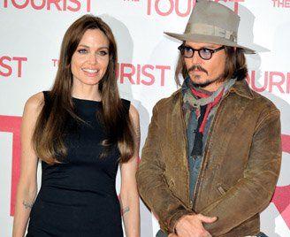 Angelina idolatraba a Johnny desde mucho antes de que trabajaran juntos y se cayeron muy bien durante el rodaje